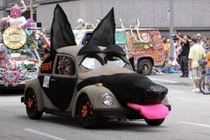 LR Dog Car